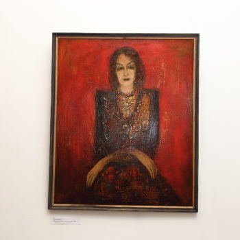 портрет на красном фоне 1988 хм 350x350 - Золотистый портрет на красном фоне, 104х86, картон/масло, 1988