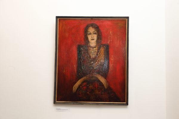Золотистый портрет на красном фоне, 104х86, картон/масло, 1988